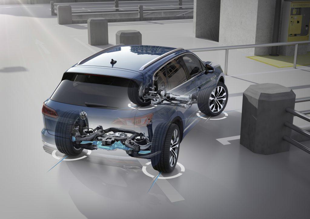 """Die """"Allradlenkung"""" vom neuen VW Touareg im Detail"""